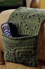 braço do sofá o controle tv