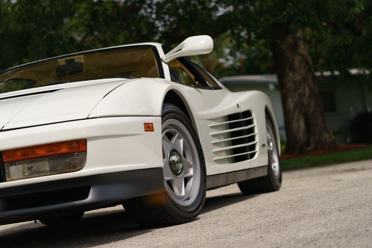 The Miami Vice Ferrari Testarossa With Images Miami Vice