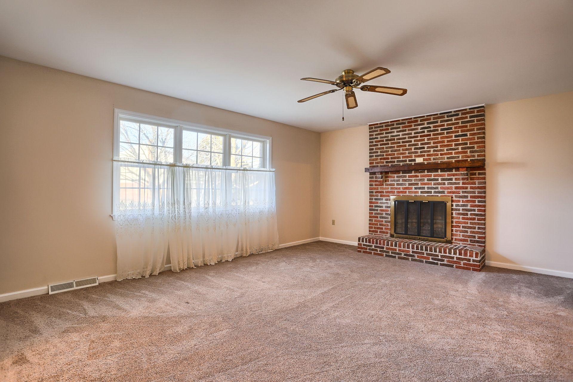 Living Room #Ephrata #PA #homesforsale #realestate #pennsylvania