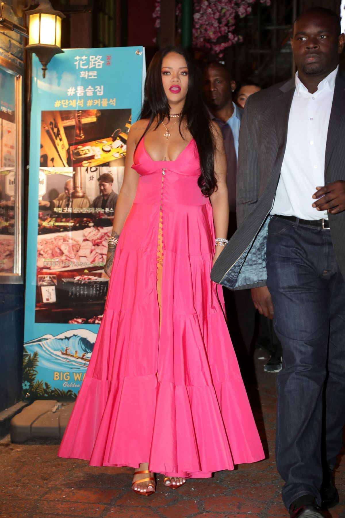 Pin by Nigeria Crudup on youcanCATCHmeRIH Rihanna