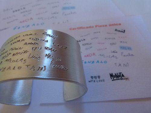 c11210e7d035 Regalos para profesores diseñados por sus alumnos. MUNOTA