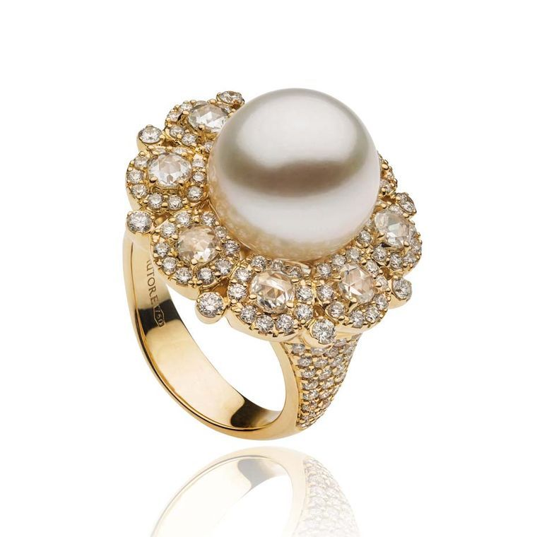 South Sea pearl ring from #Autore in #gold with #diamonds, from the Rose Cut collection.