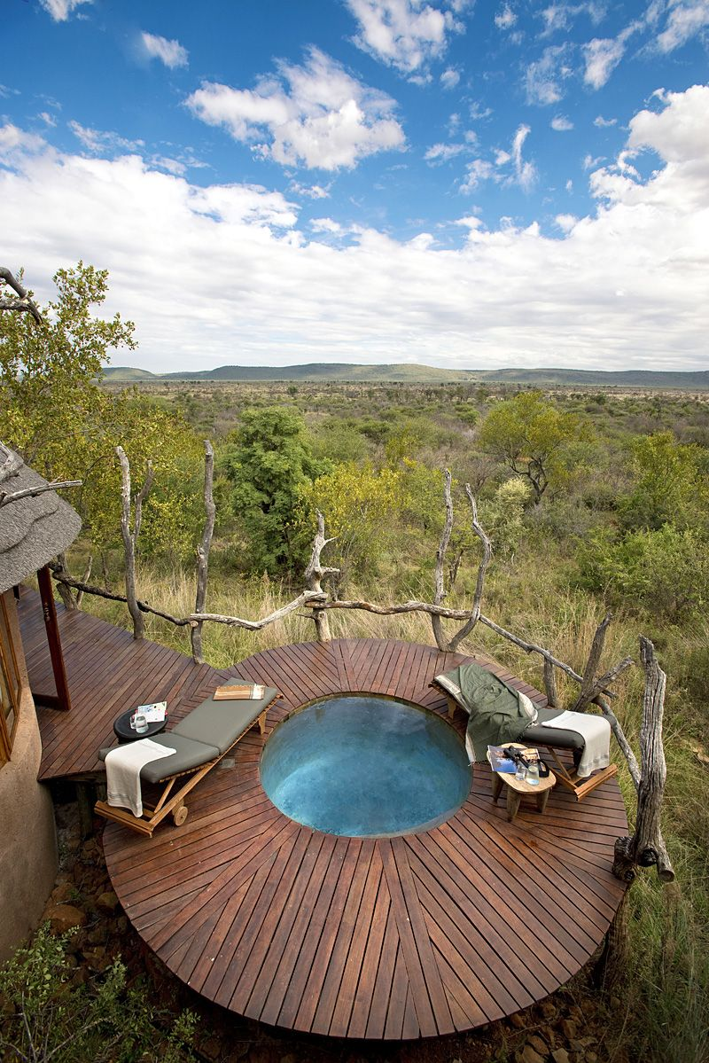 I Escape Blog / South Africa Honeymoon Safaris / Madikwe Safari Lodge