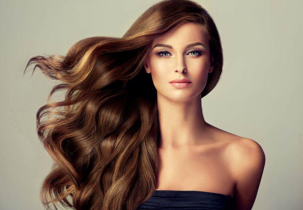 5 soluciones para controlar el pelo encrespado o con frizz