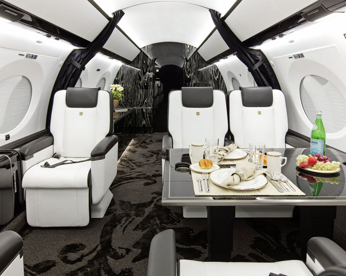2015 Gulfstream G650ER Luxury Check this jet out for