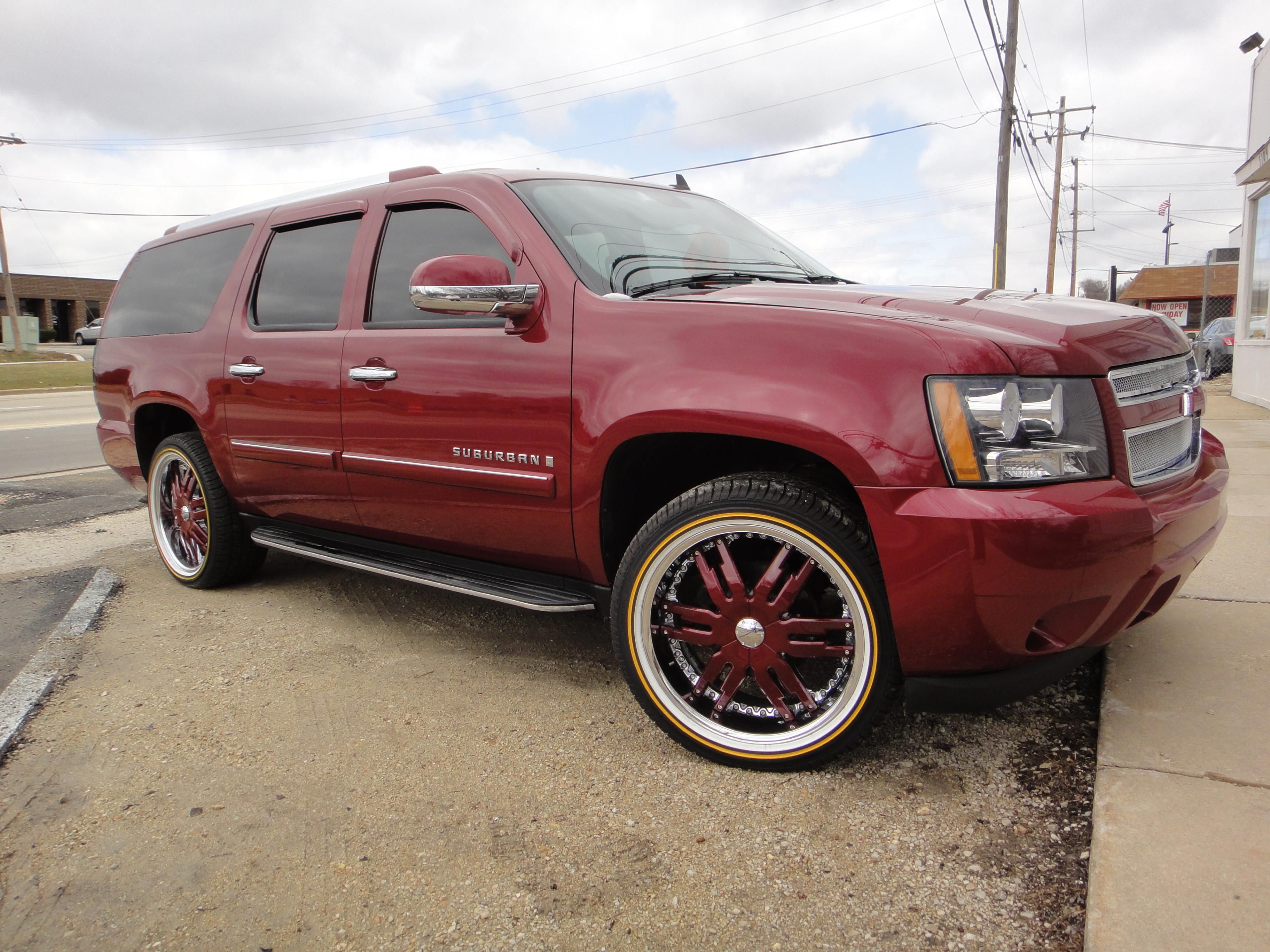The Total Package Chevy Suburban Fully Equipped With Vogue Tyres