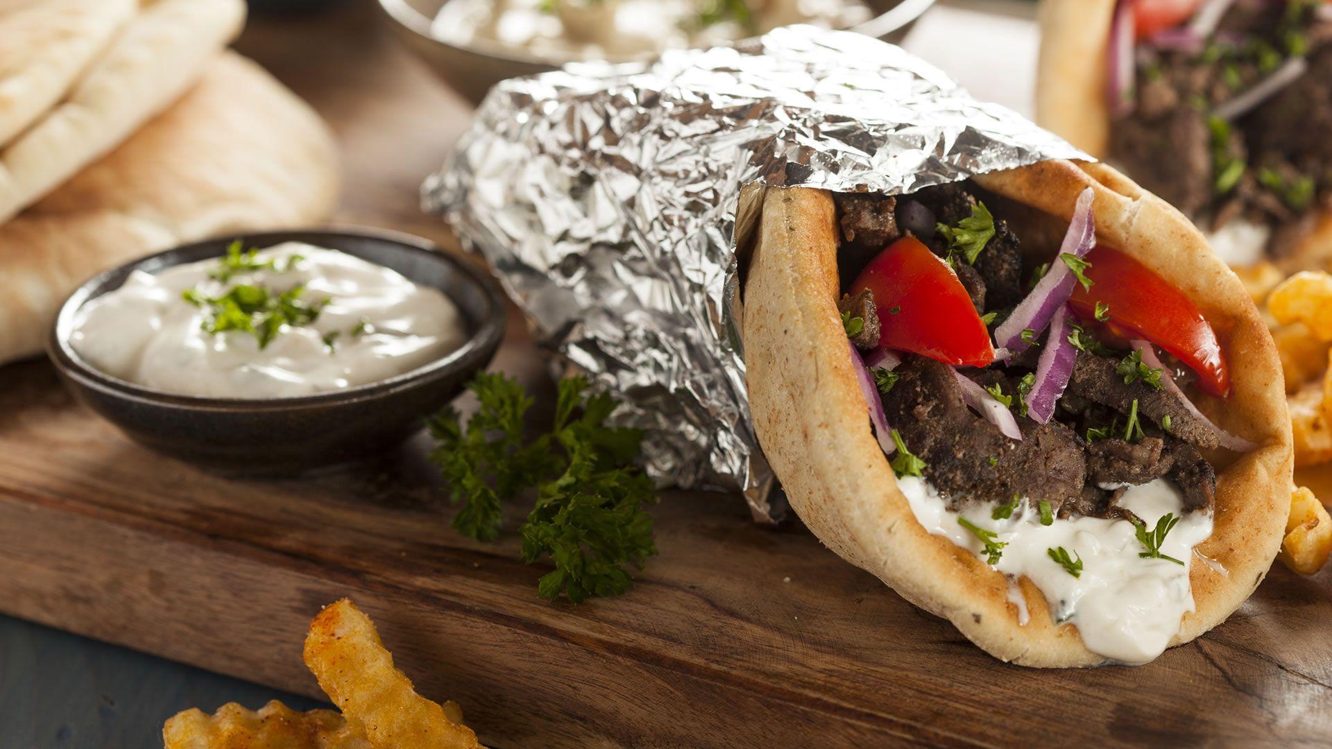 Gyros - Comida típica de Grecia | El mundo en sabores | Pinterest | Food