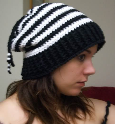 April Draven: Free Convertible Hat Pattern - Slouchy hat, Beanie ...