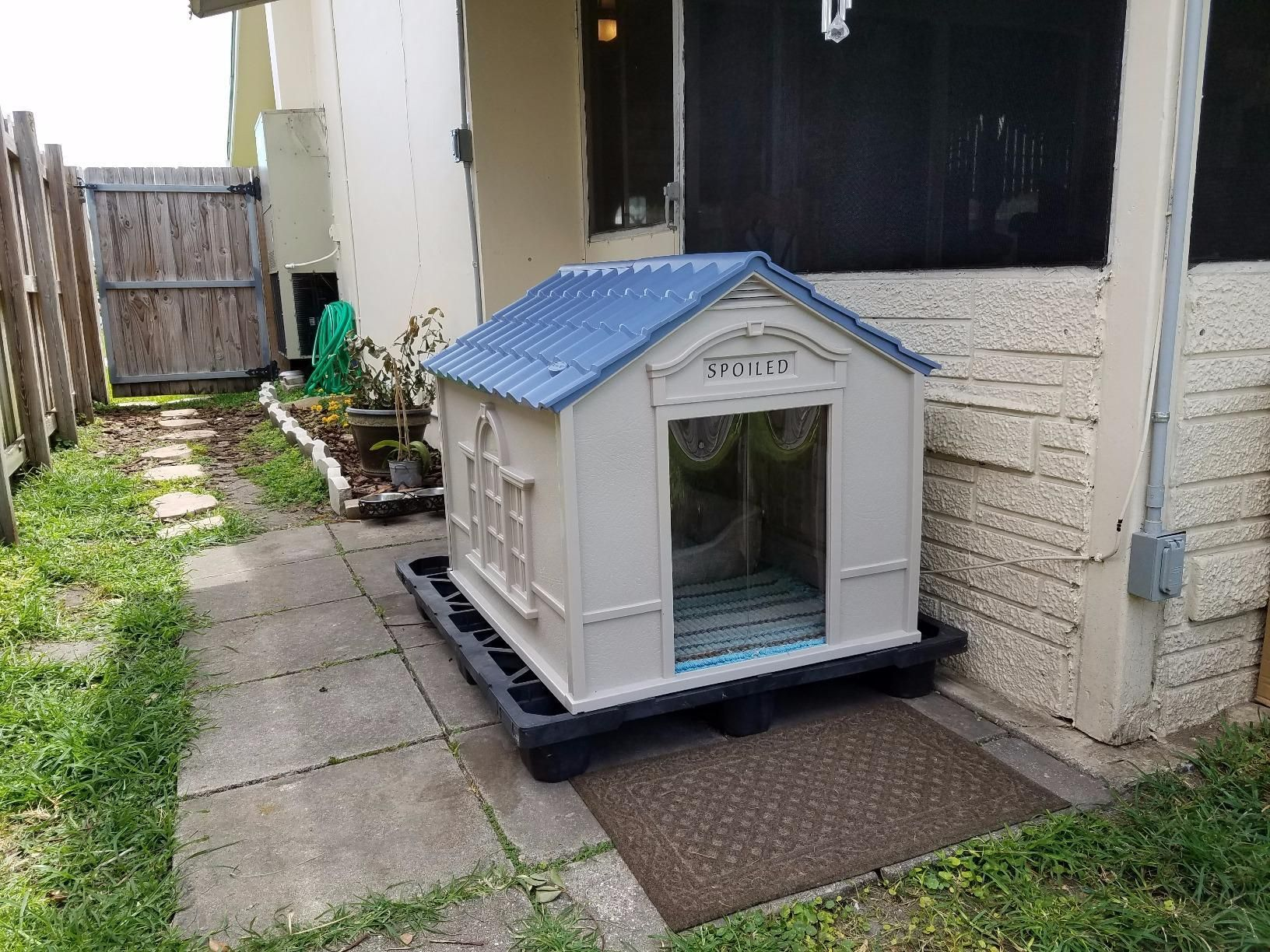 This Dog House Offers Easy Snap Together Assembly Xxl Dog Kennel