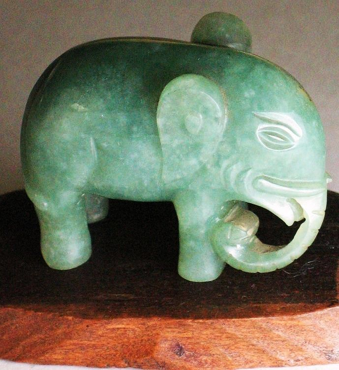 Tell asian marbled jade elephant for