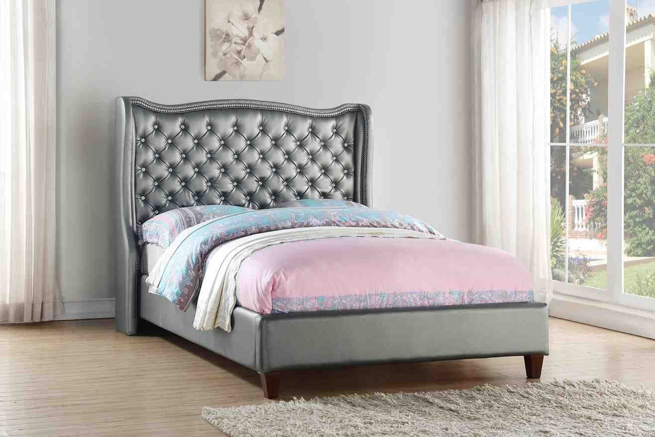 Makayla Full Size Tufted Beds Gift Guide By Lg Gifts