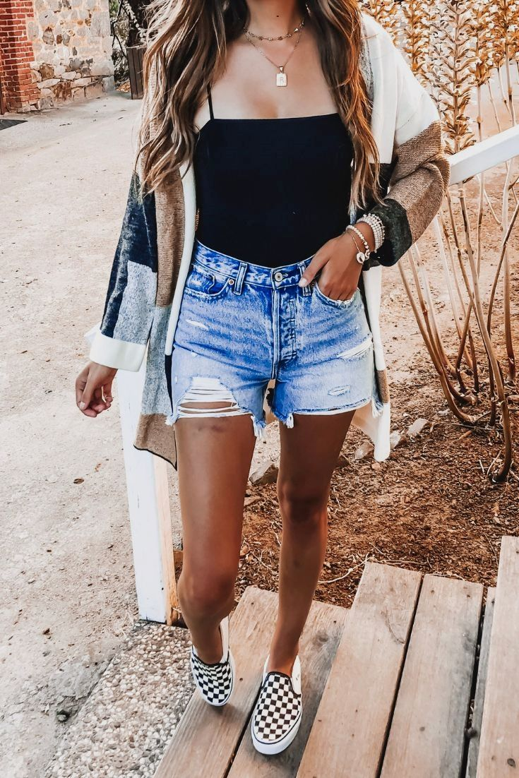 52 Cute Spring Outfits for Women 2020
