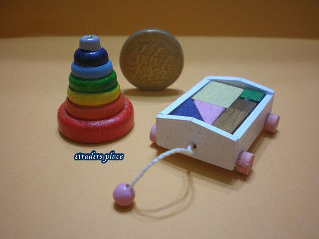 Dollhouse Miniature Colorful Children/'s Ring Toy