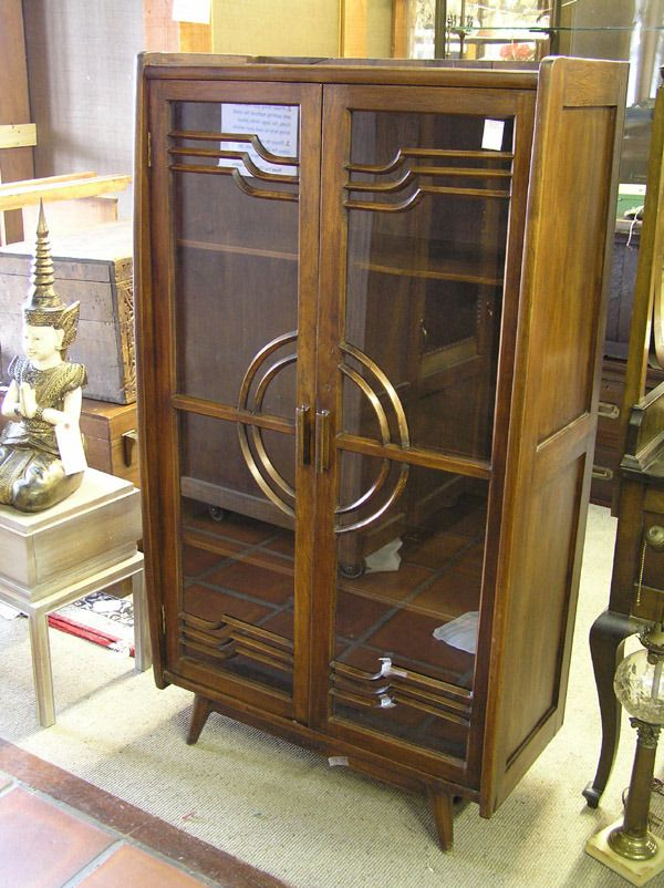 2460 Art Deco China Cabinet Lot 2460 Theres No Place Like Home