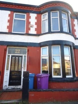 C  student, 4 bed, £1120 if all rented, bit dump, 26/12/14 beverly road