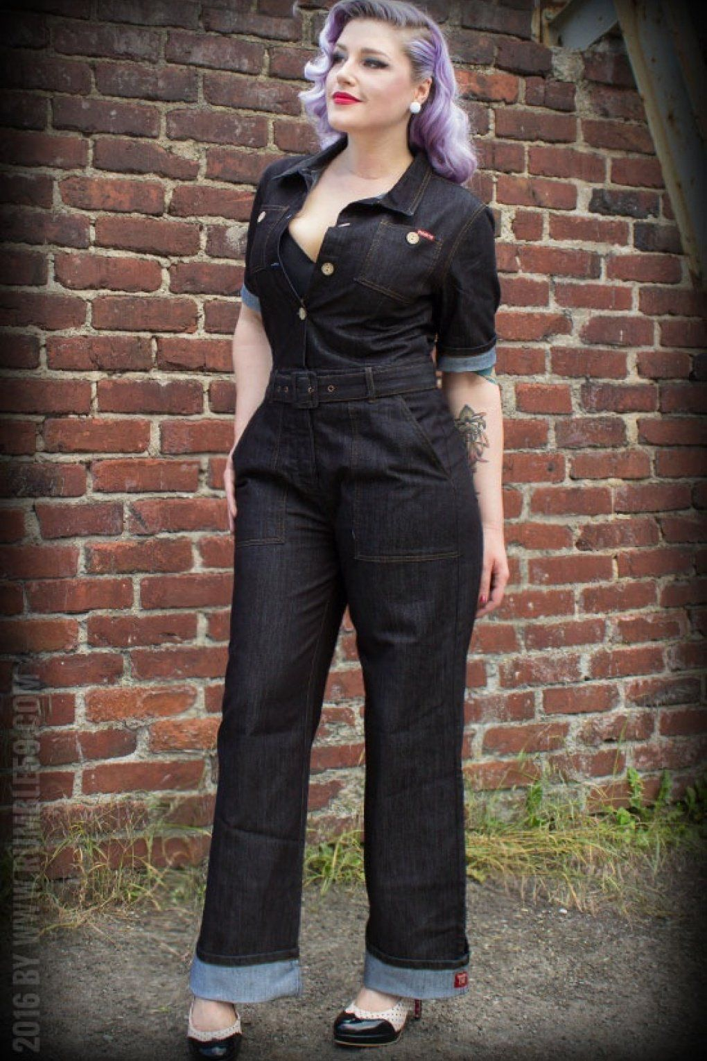 a030c35eb4 This 50s Ladies Jeans Overall in Denim Blue is a pleasure to wear!Inspired  by the ladies workwear of the good old times combined with high-class  materials ...
