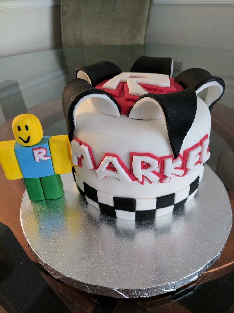 Roblox theme cake | cakes | Pinterest | Cake and Cake works