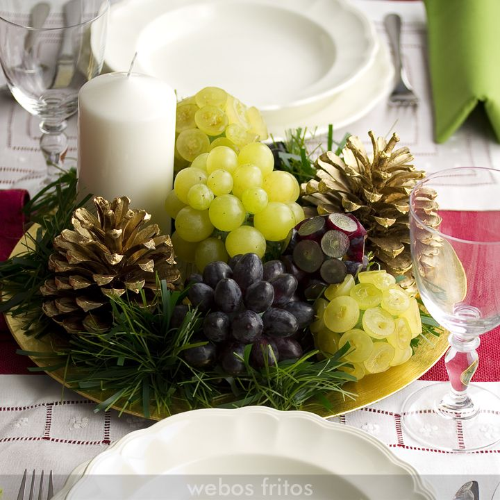 Centro de mesa para nochevieja con uvas ideas para for Arreglos navidenos para mesa