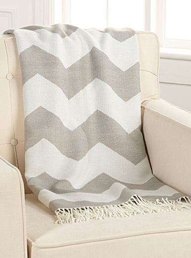 Shop Decorative Blankets Sofa Throws Online In Canada Simons Sofa Throw Decorative Blankets Blanket