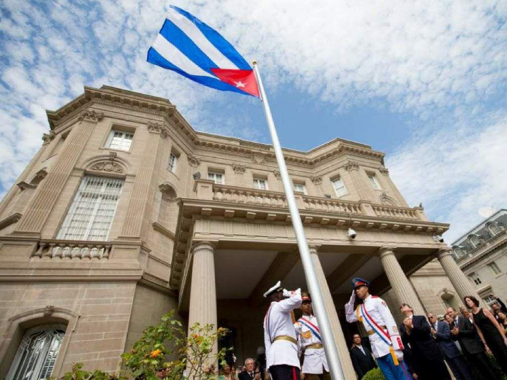 Cuba A Pastrana Se Le Advirtio Que No Podia Ingresar A Su