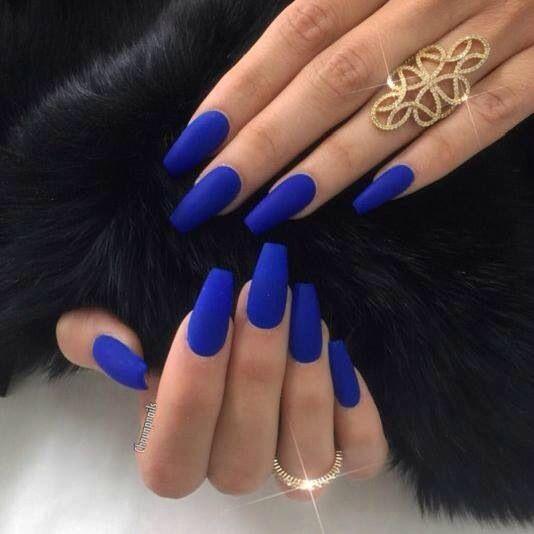 Uñas Color Azul Electrico En 2020 Uñas Azules Uñas Mate Y