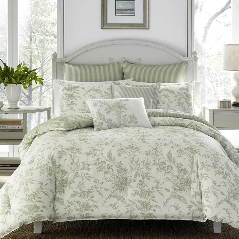 Natalie Reversible Comforter Set In 2020 Green Comforter Sets