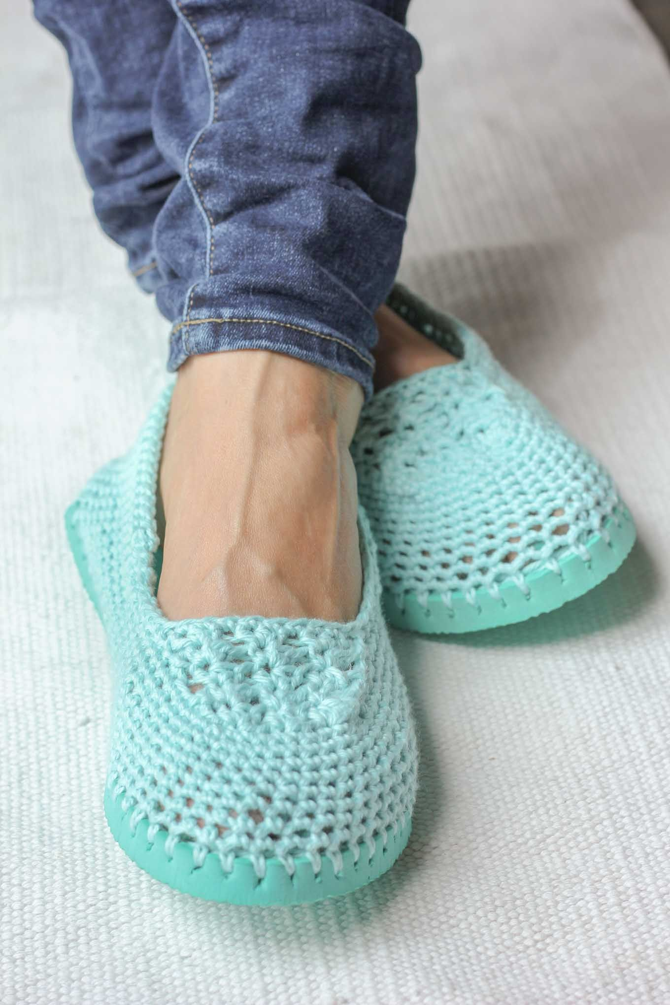 Make Cheap Flip Flops Into Crochet Slippers -- free pattern! en 2018 ...
