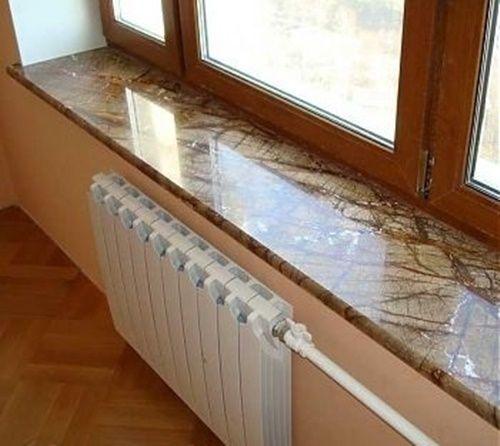 Die dezenten Nuancen der Marmor Fensterbänke werden oft von ...