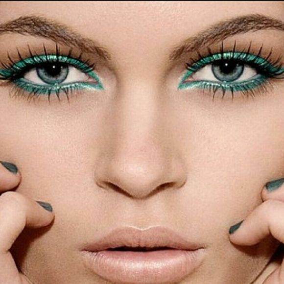 Emerald Green Liquid Shimmer Eyeliner Emerald Green Liquid Shimmer Eyeliner Coming this week Makeup Eyeliner