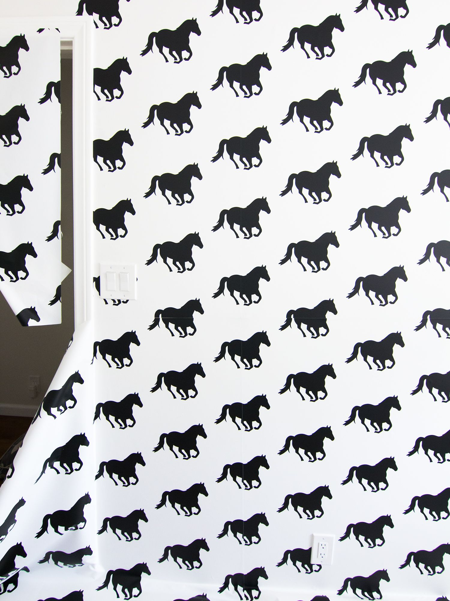 Fantastic Wallpaper Horse Pattern - d0f65f7c4f306d206ab16818e072d9a7  Best Photo Reference_206632.jpg