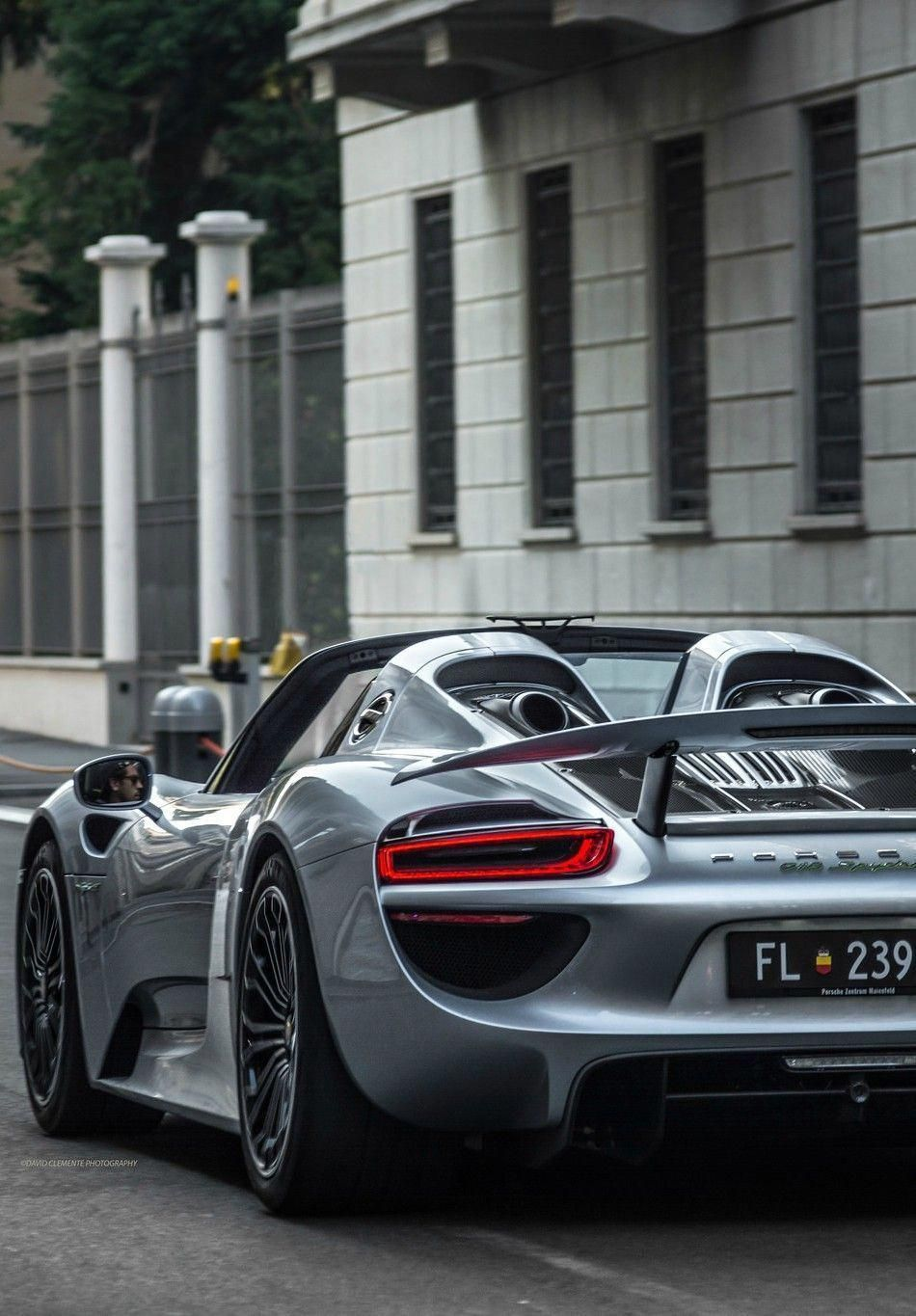 Nice Cars Above Are High End Autos That Are Expensive High End Vehicles Remain In Limited Manufacturing So There Ar Sports Car Photos Porsche 918 Sports Cars