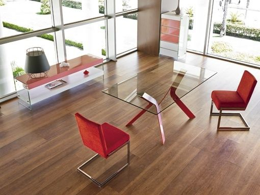 Mueble lacado a la carta de Angel Cerdá: coordinados con tejidos