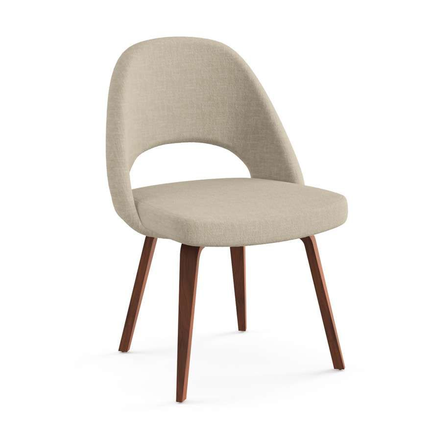 Saarinen Executive Armchair With Wood Leg In 2020 Knoll Chairs