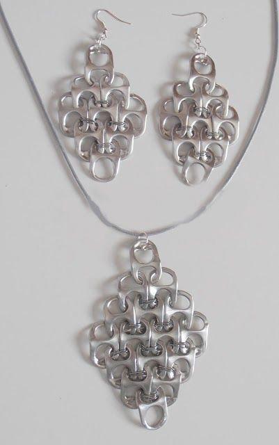 Popular DIY Crafts Blog: How to Make Pop Tabs Necklace
