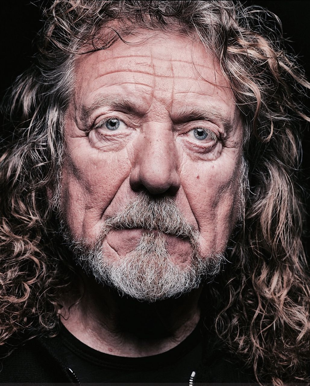 robert plant photographed recently - 736×915