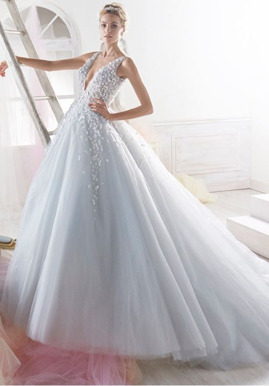 Pin by Wendi Pasa on YES to the DRESS | Pinterest | Princess wedding ...