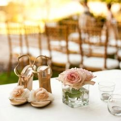 If ever there was a perfect intimate, outdoor wedding, this surely would be it. There are so many steal-worthy DIY details.