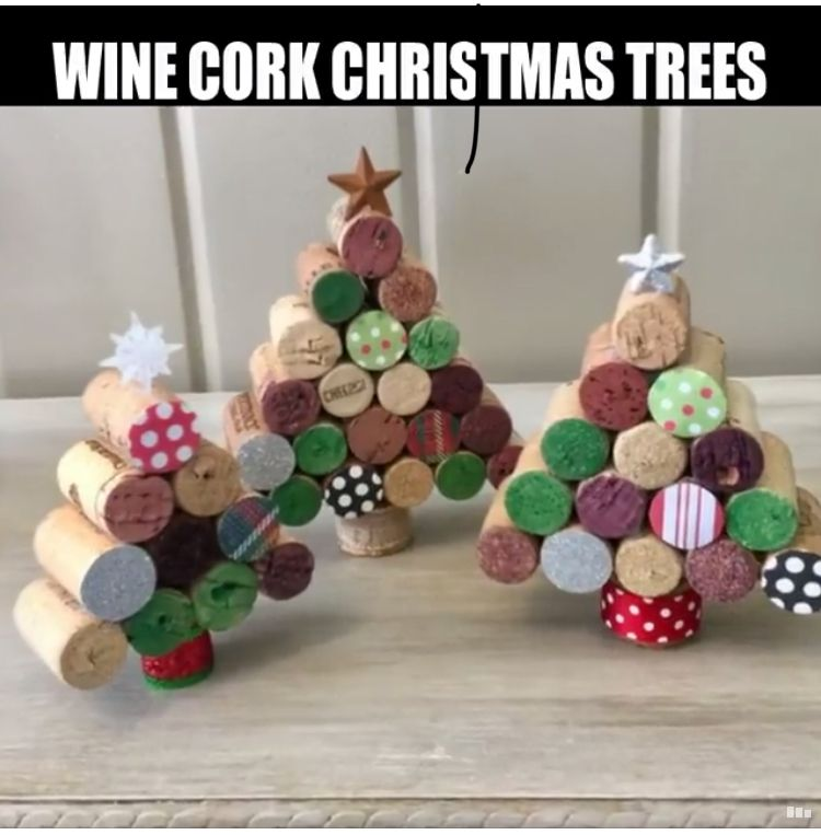 Another project for that bag of corks Craft stuff Pinterest - christmas decorations diy
