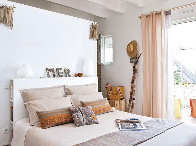 kleines Regal hinter dem Bett   Wohnen, Zimmer, Schlafzimmer