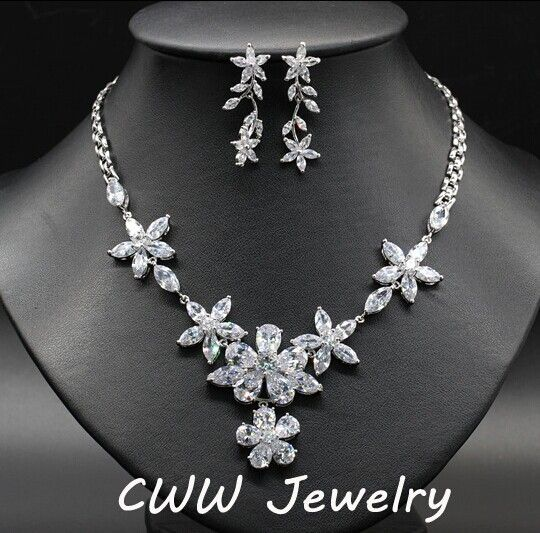 Find More Bridal Jewelry Sets Information about White Gold Plated CZ Diamond Crystal Big Flowe Necklace Earrings Luxury Evening Party Jewelry Sets For Women 2014 (T078),High Quality set pillow,China set up boxes stock Suppliers, Cheap set bedding from China-winwin jewelry on Aliexpress.com