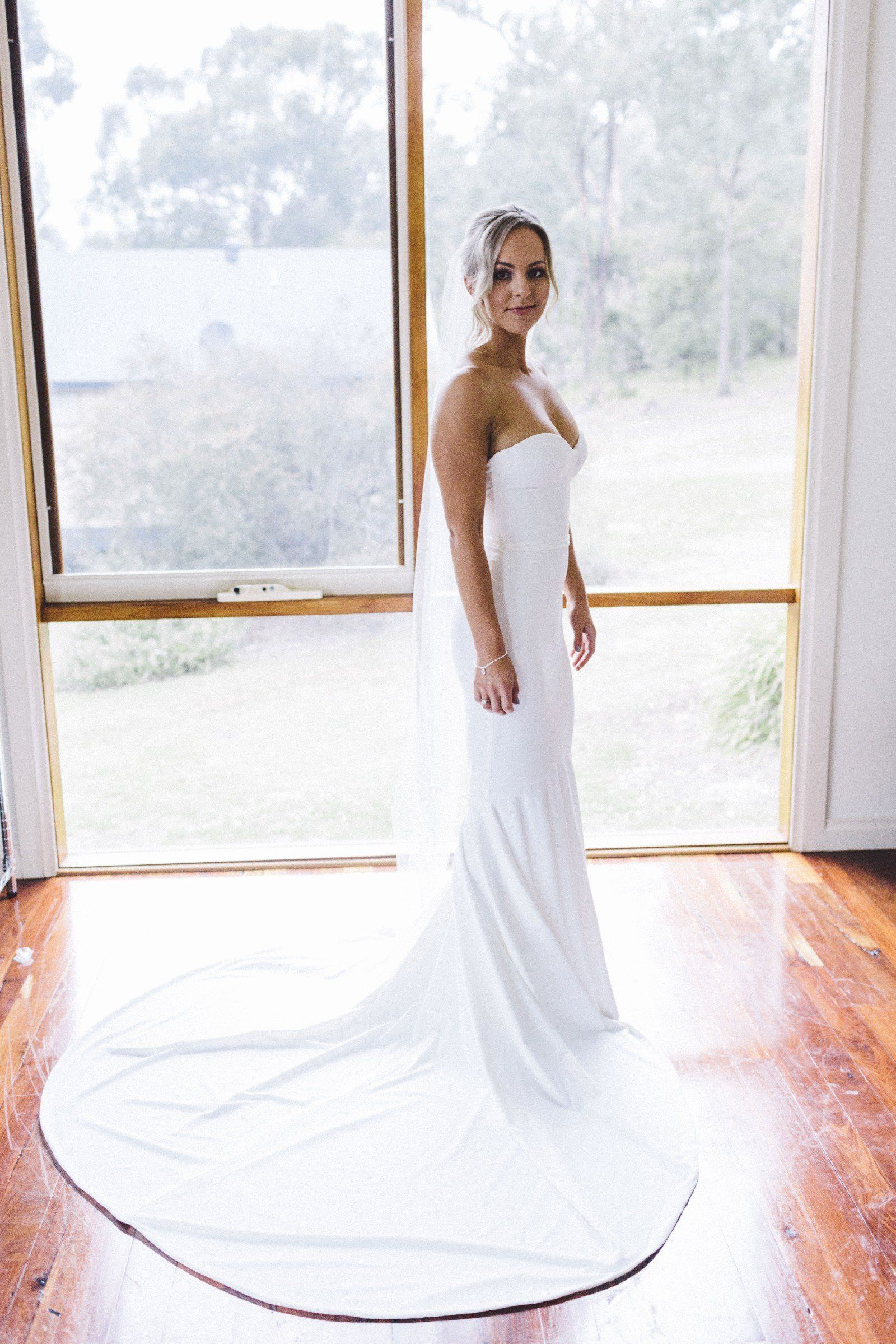 Wedding Dress Dry Cleaning Near Me Luxury Fit Flare Wedding Dress Sale F In 2020 Wedding Dresses Fit And Flare Wedding Dress Wedding Dresses For Sale