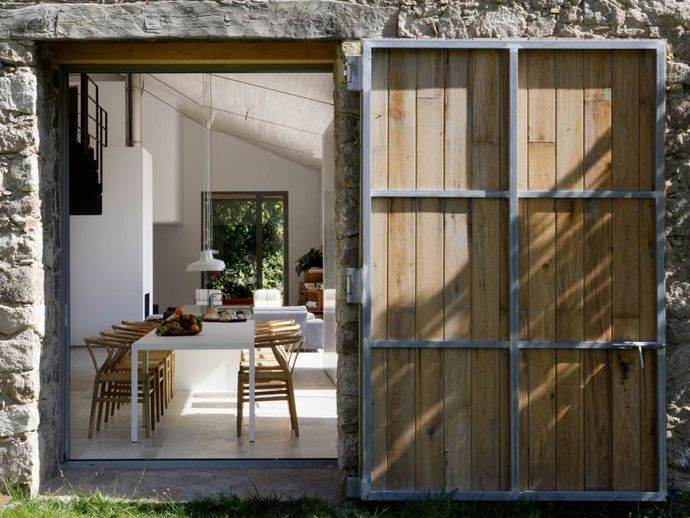 Cozy and Stylish: Country House in Extremadura, Spain