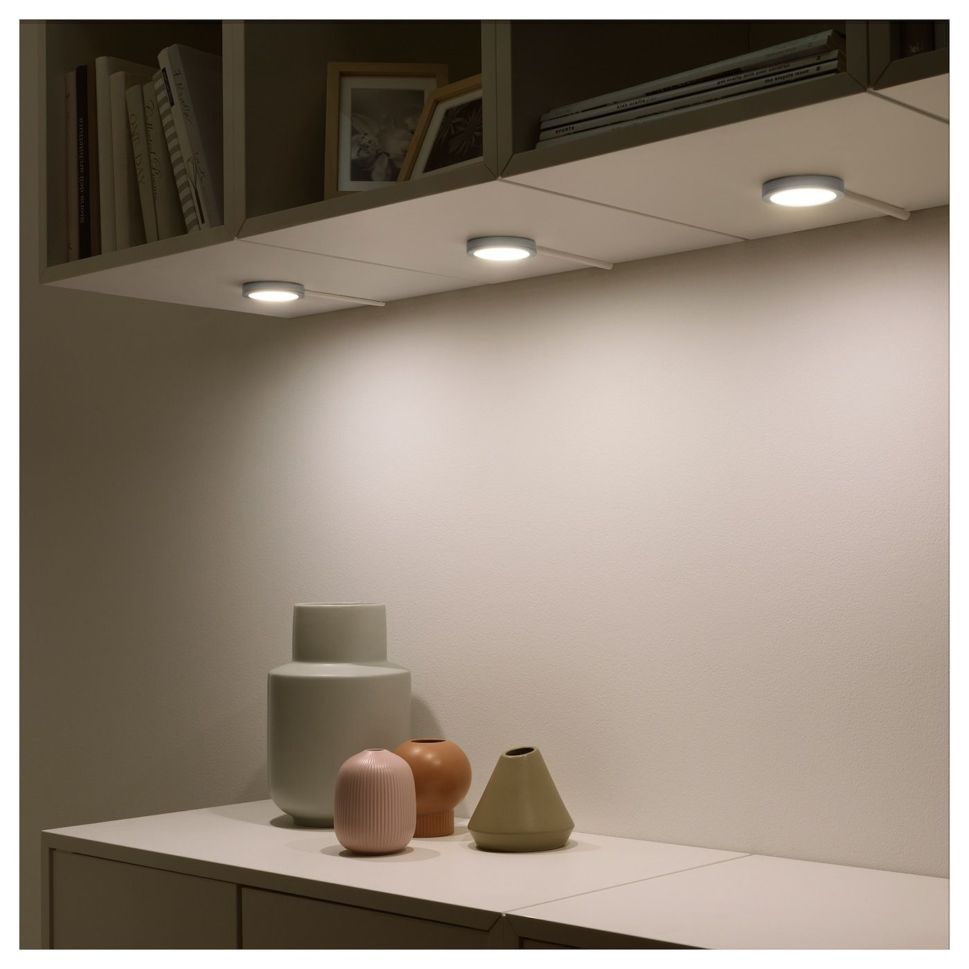 Vaxmyra Spot Led Aluminiumfarben 6 8 Cm Ikea Österreich Led Spotlight Kitchen Spotlights Bookcase Lighting