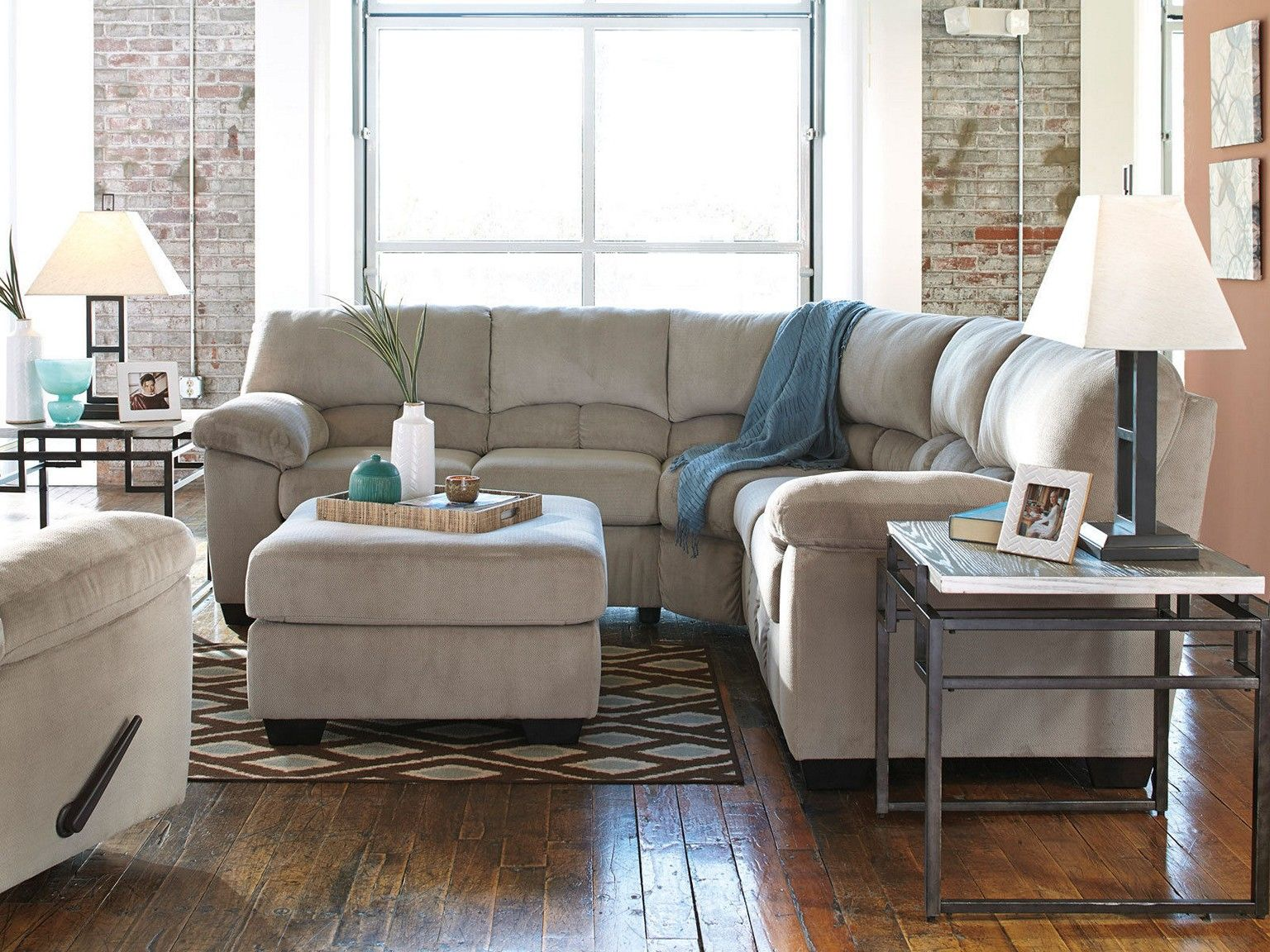 Cozy Living Room Ideas For Apartments Designs  Lake House Simple Living Room Sectional Design Ideas 2018