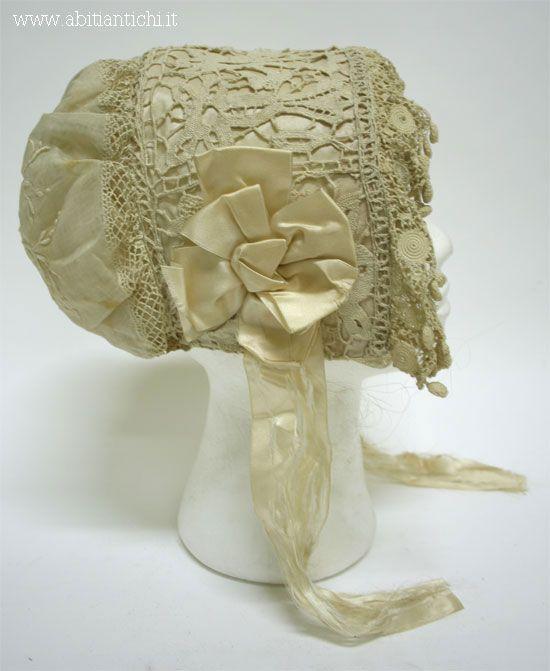 -Abiti Antichi- cappello 1