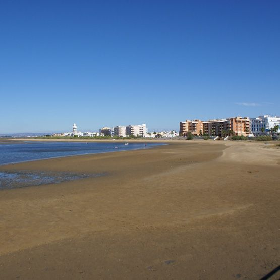Playa Punta del Caiman en Isla Cristina (Huelva).
