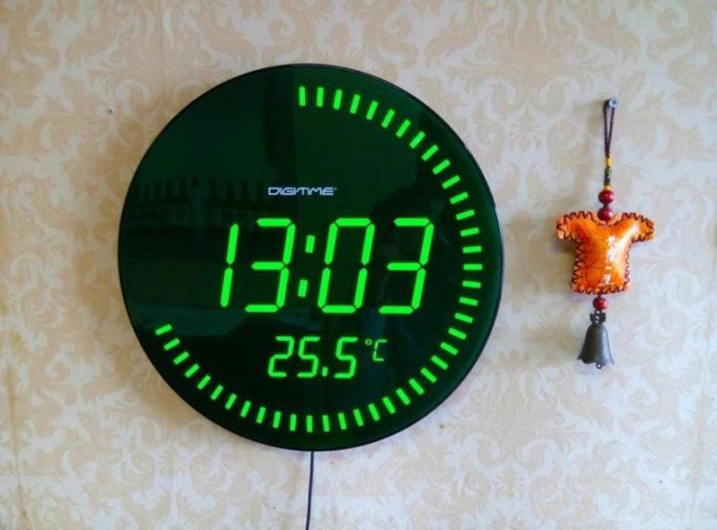 Digital Wall Clock Battery Operated In 2020 Digital Wall How To Make Wall Clock Clock