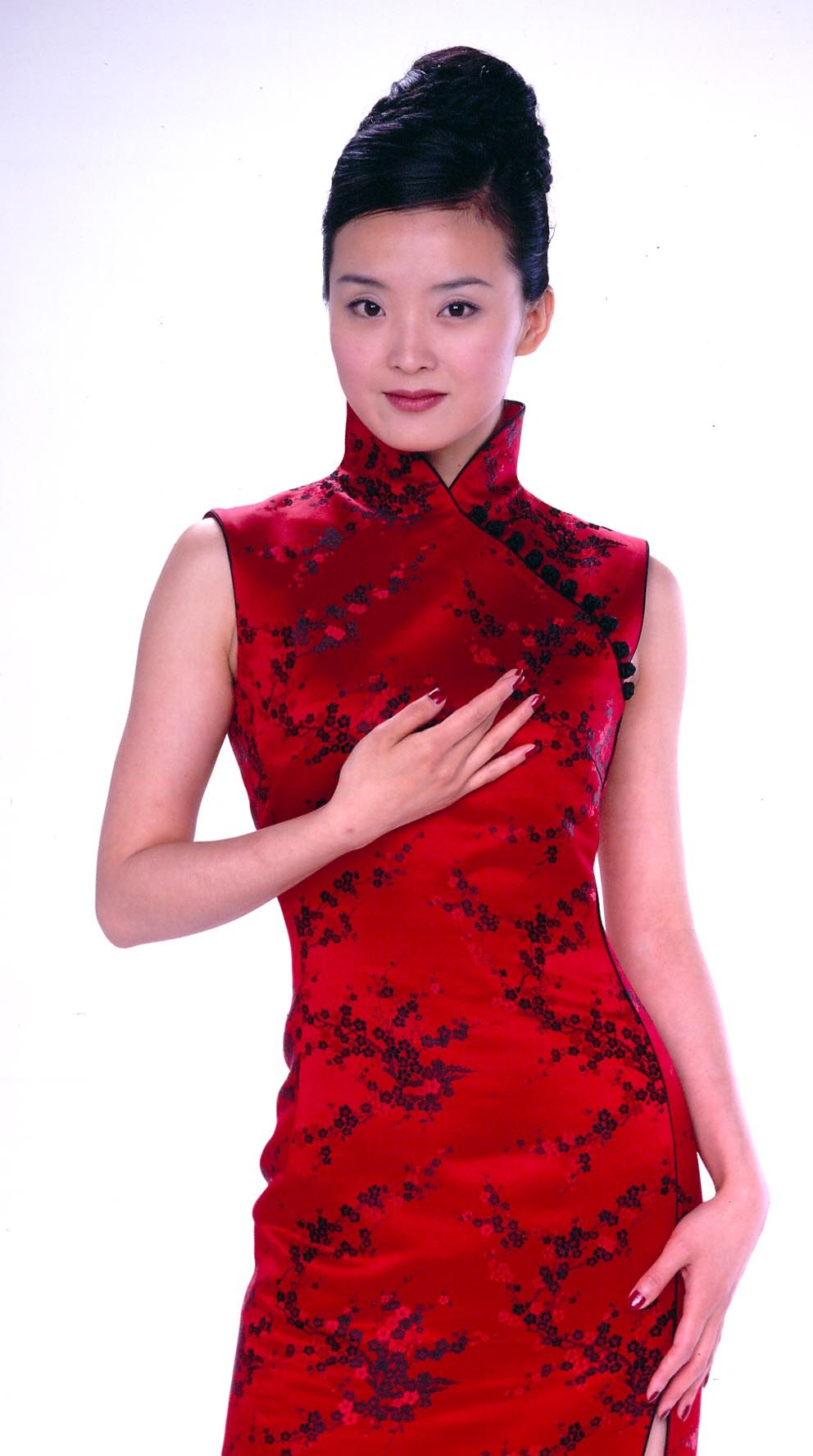 chinese beautiful girlchinese clothing showchinese women