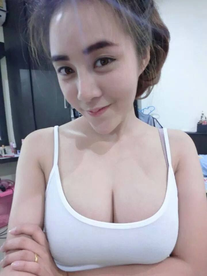 Teen group nude pic