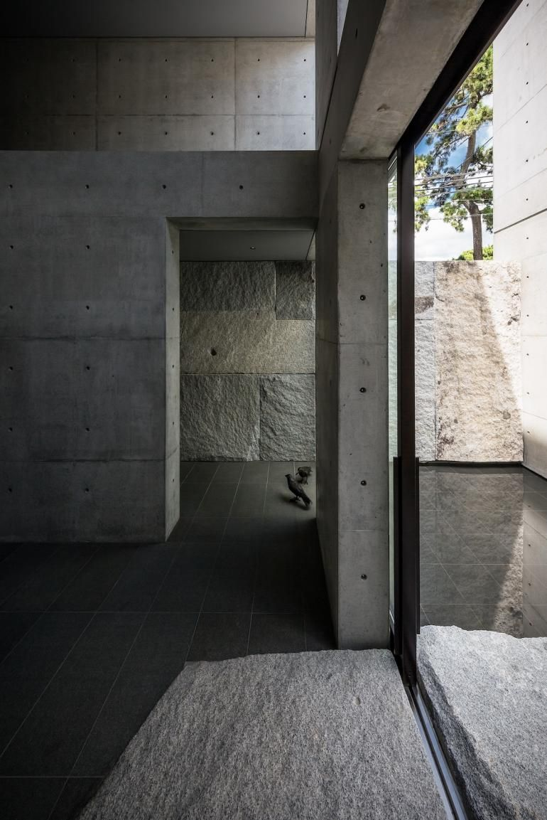 Japanese Architect Go Fujita Designs A Concrete Live Work Space For Himself Architect Architecture Japanese Architect